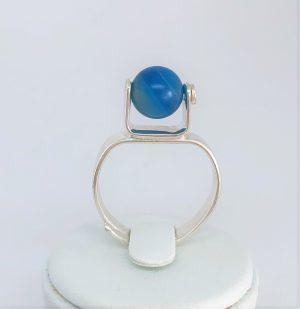 Ställbar ring med blågrön agatpärla