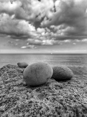 Stenar och moln